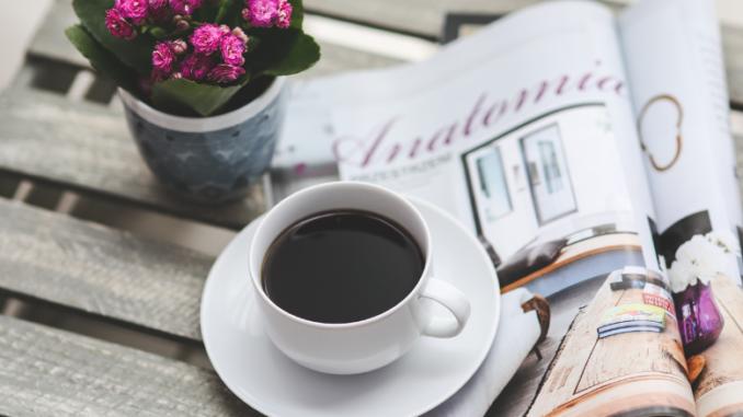 Czy kawa odwadnia i wypłukuje magnez?